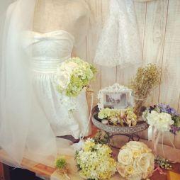 ah flowersのウェディングアイテム(ヘッドドレス、花冠、ブーケ、ブートニアなど)